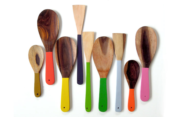 coloured-utensils